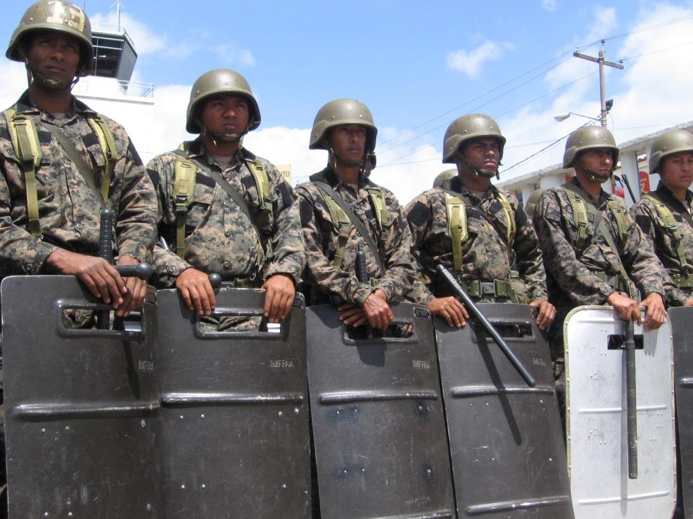 militares-en-tegucigalpa